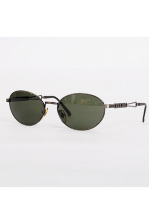 Moschino sunglasses