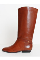 Etienne-aigner-boots