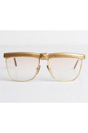Laura Biagiotti glasses