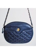 vVintage 80s 90s Quilted Navy Leather Shoulder Bag