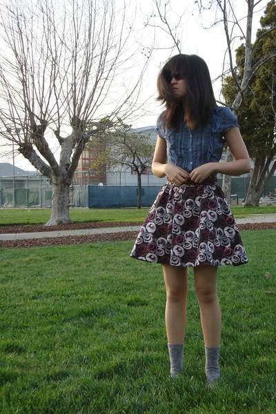 lulumari blouse - H&M skirt - thrifted belt - judith leiber sunglasses - Aldo sh