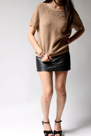 beige Carly Blake top