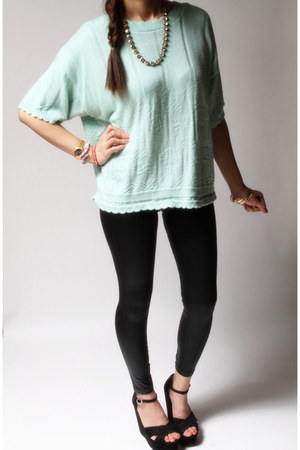 Carriage Court sweater