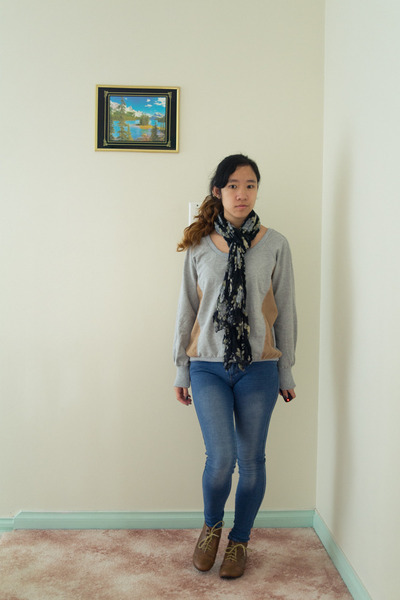 SUPRÉ jeans - cotton on scarf