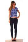 Black-ellemeno-jeans-black-vegan-shoes-blue-derek-heart-top-brown-dockers-