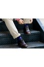 Light-blue-plaid-uniqlo-tie-dark-brown-dress-thrifted-vintage-shoes