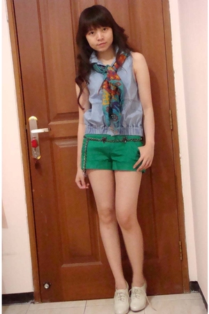 Zara top - Zara scarf - Mango shorts - Zara accessories