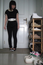 top - tights - shoes - belt