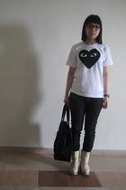 t-shirt - jeans - purse - shoes