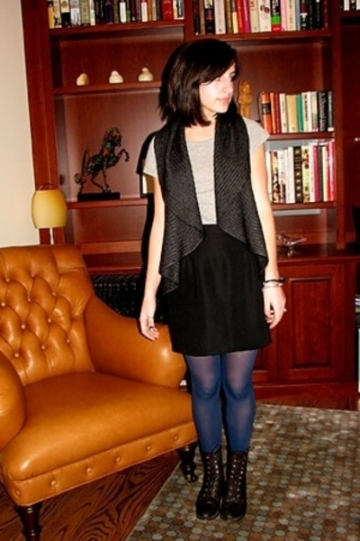 oak vest - James Perse t-shirt - self-made skirt - DKNY tights - Justin boots