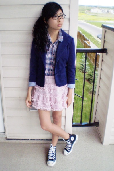 black high-tops Converse shoes - blazer - winners shirt - Forever 21 skirt
