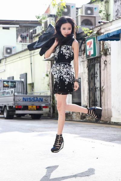 black mod flower Dressabelle dress - black Jeffrey Campbell wedges