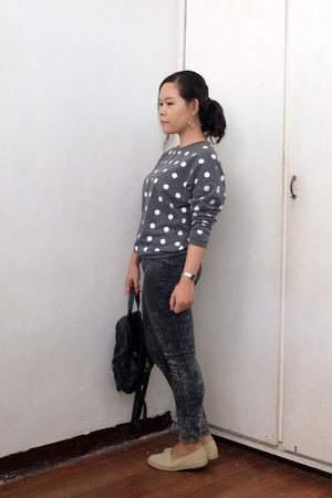 charcoal gray polka dots sweater