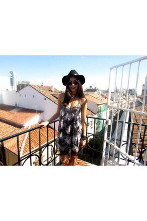 black Zara boots - amethyst Mango dress - black H&M hat