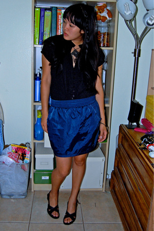 American Apparel skirt - shirt - Bandolino shoes