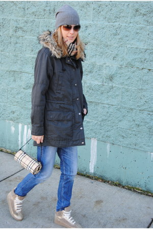 dark green Gap coat - camel tory burch sneakers