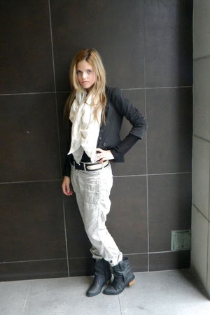 Elizabeth & James blazer - Zara pants - majestic shirt - H&M boots
