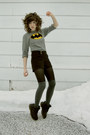 Black-doc-martens-boots-heather-gray-batman-h-m-kids-sweater-black-nautical-