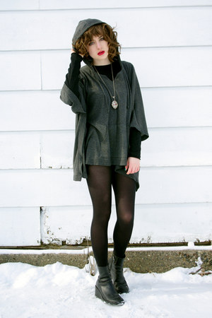 charcoal gray poncho Forever 21 coat - black vintage wedge Donald J Pliner boots