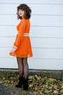 Orange-hemmed-vintage-dress-black-steve-madden-boots