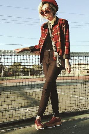 second hand blazer - Zara shoes - Military Beret hat - second hand shirt