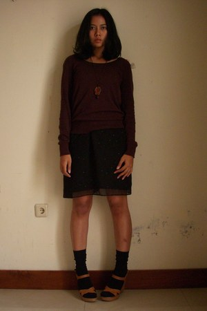 dark brown Zara cardigan - black lokal store skirt - tawny nico n boco wedges -
