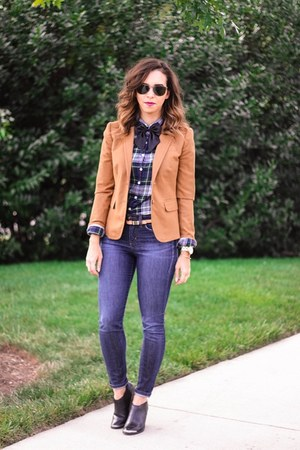 navy skinny jeans Joes Jeans jeans - brown Jcrew blazer - black bowtie asos tie
