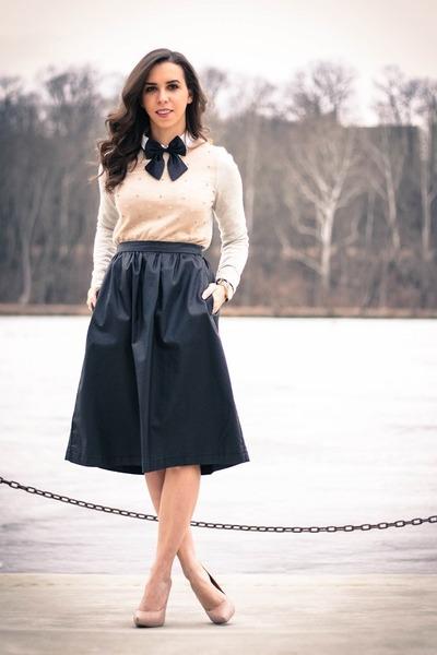 black midi BCBGeneration skirt - eggshell embellished Loft sweater