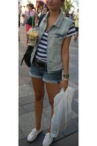 blue Zara vest - white H&M t-shirt - blue Mango shorts - white vICTORIA shoes -