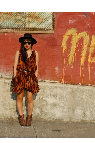 orange Buffalo Exchange dress - brown thrifted boots
