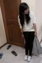 Topshop blouse - supre leggings - baggu accessories