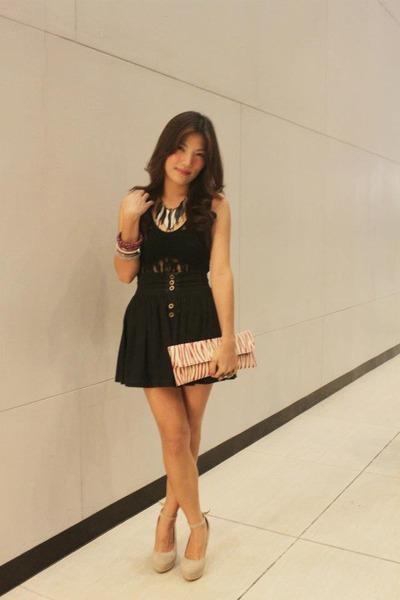 black skirt - hot pink bag - silver necklace - beige tabor cream wedges