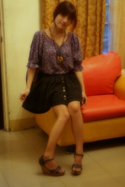 top - skirt - wedges - necklace