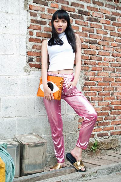 Ribsco-bag-adidas-sandals-dollskill-pants-topshop-top