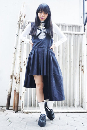 UNIF shoes - Uniqlo sweater - Forever21 socks - Ugly skirt