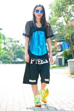 pyrex shorts - Loony Store sunglasses - Cocraparis top - Adidas sneakers