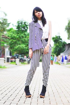 Zara blazer - Zara pants - Bershka wedges