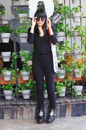 UNIF shoes - Own Me bag - Polette sunglasses - Shophella accessories