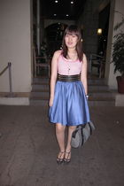 pink Fox top - blue skirt - gray Promod shoes