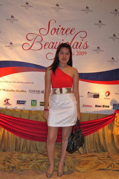 red Topshop dress - white made by my helper skirt - white Glitterati belt - beig