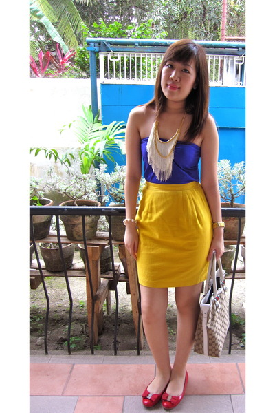 red shoes - yellow skirt - purple Zara top