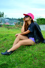 Black-alexander-wang-boots-hot-pink-giordano-hat