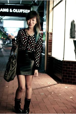 hot pink hearts Valleygirl cardigan - black leather skirt skirt