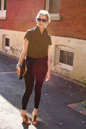 top - leggings - Nine West shoes - vintage - H&M scarf - bracelet