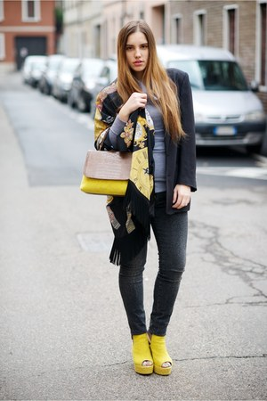 yellow Castañer bag - dark gray LeRock jeans - black Moschino jacket
