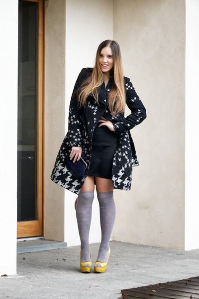 heather gray desigual coat - black gazel dress - black gazel bag