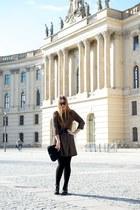 black hogan shoes - tawny gazel dress - black Ray Ban sunglasses