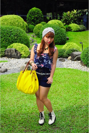 cream bought online boots - violet turban Yhansy hat - yellow bag