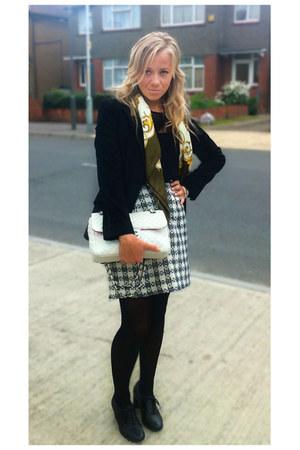 vintage shirt - Zara blazer - vintage scarf - Chanel bag - Topshop blouse