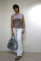 white Suzy Shier jeans - gray Bedo top - gray Matt & Nat purse - gray cotton on